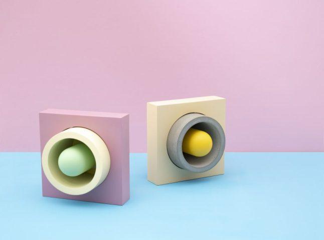 Donut Renkli Beton Masa Lambası