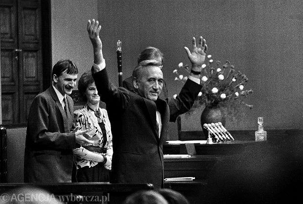 12 września 1989 r. Wybór Tadeusza Mazowieckiego na premiera