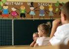 Rząd gra w klasy: Szkolne domino z sześciolatkami
