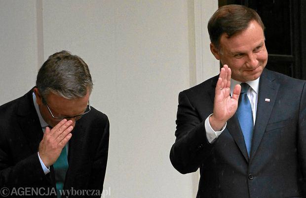 Warszawa, 9 czerwca 2015 r. Prezydent elekt Andrzej Duda (z prawej) i Krzysztof Szczerski po spotkaniu z premierem Zjednoczonych Emiratów Arabskich. Szczerski ma odpowiadać u Dudy za sprawy zagraniczne