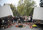 Rocznica katastrofy smoleńskiej: premier Kopacz na Powązkach