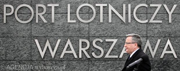 Konferencja Prezydenta na lotnisku w Warszawie