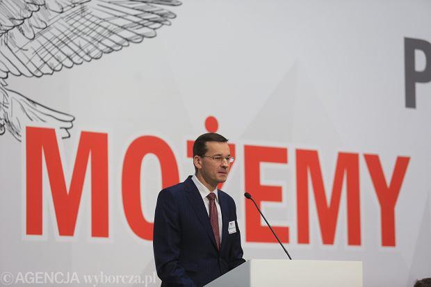 Jeden kompetentny minister Morawiecki )resort rozwoju) nie uratuje polskiej gospodarki