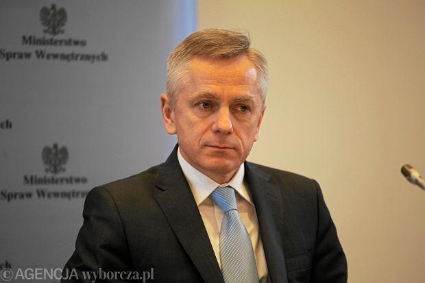 Gen. Adam Rapacki, za rządów PiS szef policji w Małopolsce, twierdzi, że odwołano go, bo odmówił ścigania na siłę