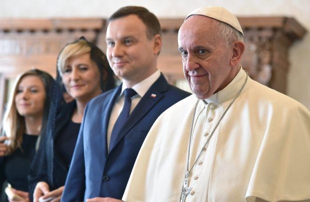 Papież Franciszek podczas spotkania z prezydentem Andrzejem Dudą