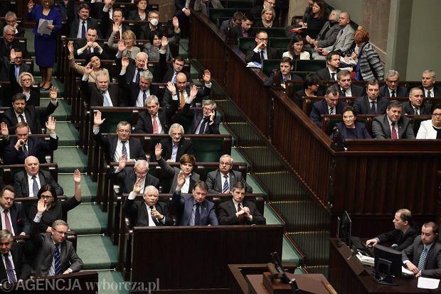 Głosowania w sprawie europejskiej konwencji wobec przemocy domowej