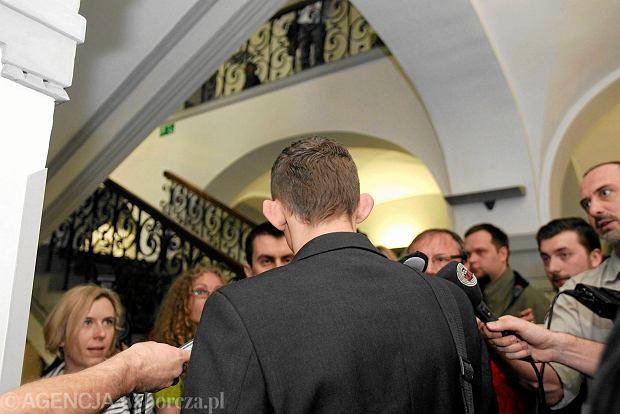 Wychowanek ośrodka boromeuszek w Sądzie Okręgowym w Zabrzu w kwietniu 2014 r. podczas kolejnego posiedzenia w sprawie siostry Bernadetty