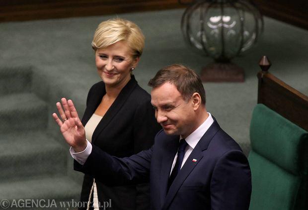 Andrzej Duda z małżonką w Sejmie po złożeniu ślubowania prezydenckiego