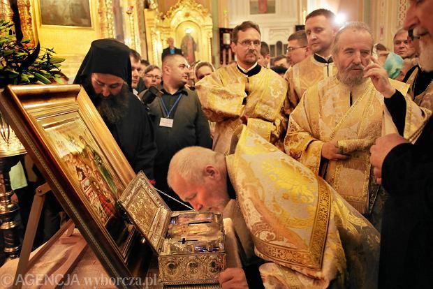 Relikwiarz z dłonią Marii Magdaleny w katedrze prawosławnej na Pradze