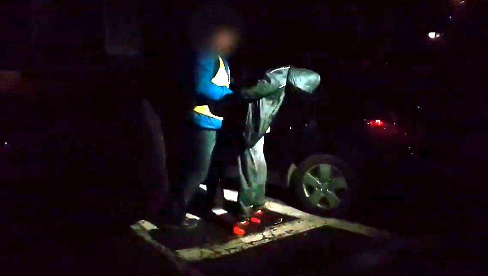 Zatrzymany przez policje Piotr U. z Elbląga. Odpowie za uszkodzenie ciała 11-letniego Michała.