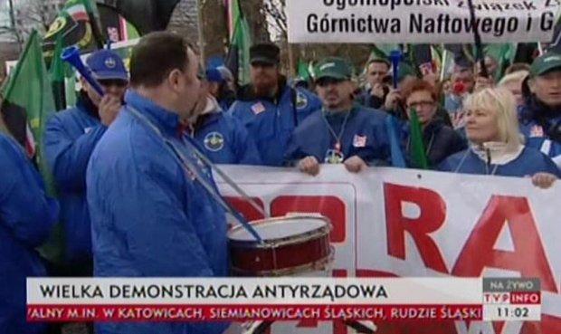 Protest związkowców z OPZZ w Warszawie