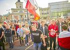 Nienawiść na marszach przeciwko uchodźcom. Policja nie interweniuje, ale nagrywa