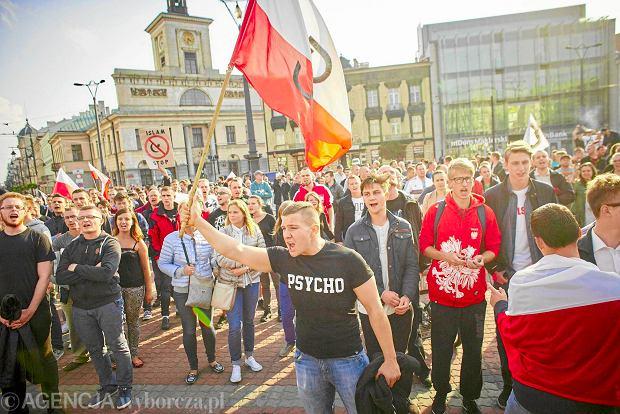 12 września, marsz przeciwników sprowadzenia uchodźców do Polski w Łodzi