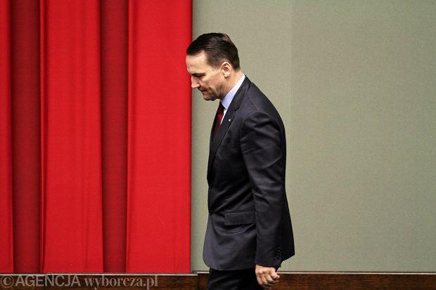 Marszałek Sikorski - wcześniej szef MSZ - płacił za konsultacje przemówień