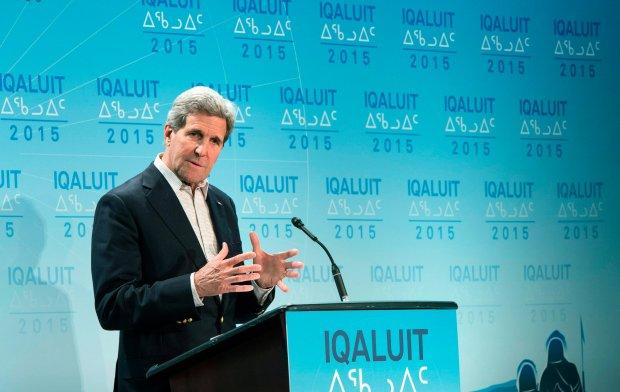 John Kerry przemawia w czasie spotkania Rady ds. Arktyki