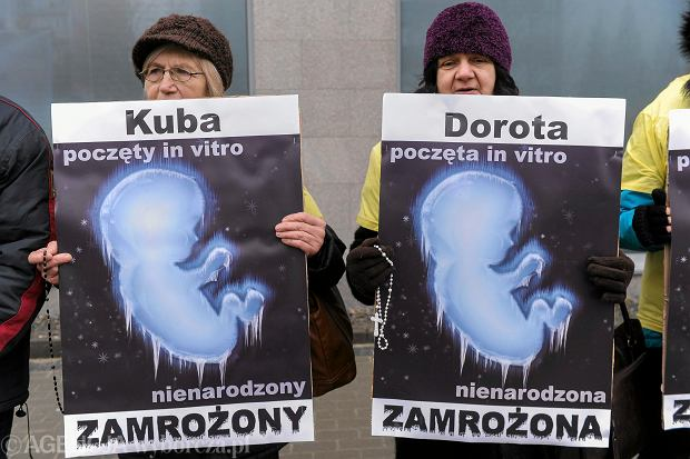 Całą środę trwała w Senacie dyskusja nad uchwaloną przez Sejm ustawą o in vitro.