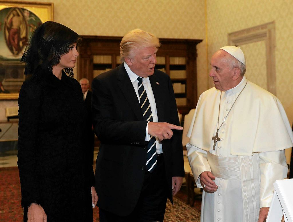 Pope Francis meets with President Donald Trump and First lady Melania Trump, on the occasion of their private audience, at the Vatican, Wednesday, May 24, 2017. (AP Photo/Alessandra Tarantino, Pool)
