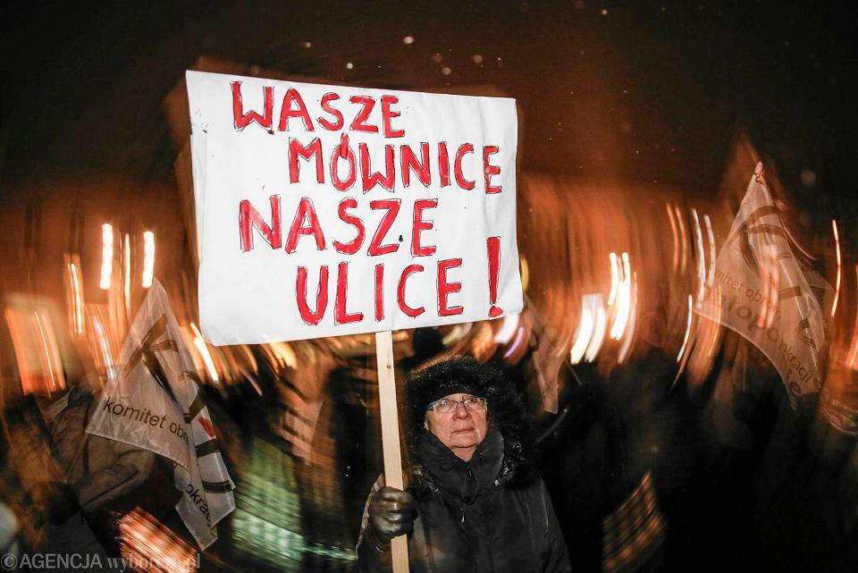 Protest przeciwko zmianom w prawie o zgromadzeniach