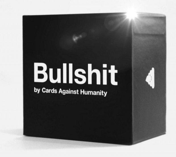 Pudełko z kupą oferowane przez Cards Against Humanity