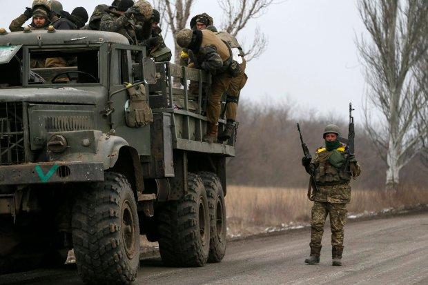 Ukraińscy żołnierze wycofali się z okolic miasta Debalcewe