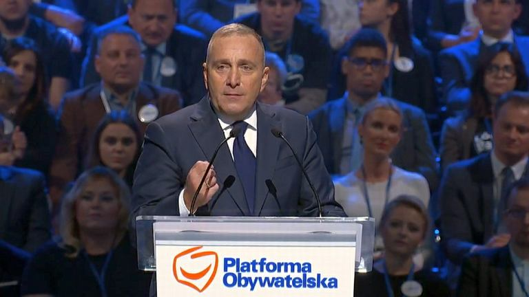 Grzegorz Schetyna przemawia na konwencji w Łodzi