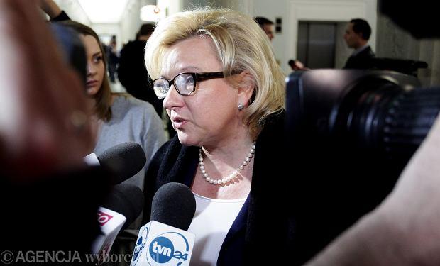 Beata Kempa - szefowa kancelarii premiera - cofnęła Maciejowi Laskowi pozwolenie na niekomercyjne wykorzystanie materiałów zebranych przez komisję Millera