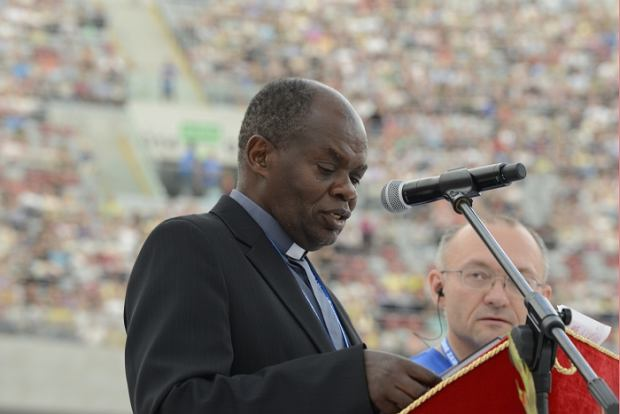 Rekolekcje prowadzone przez o. Johna Bashoborę z Ugandy na Stadionie Narodowym