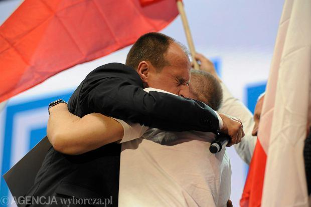 Wybory Prezydenckie 2015. Paweł Kukiz podczas wieczoru wyborczego - po ogłoszeniu wyników