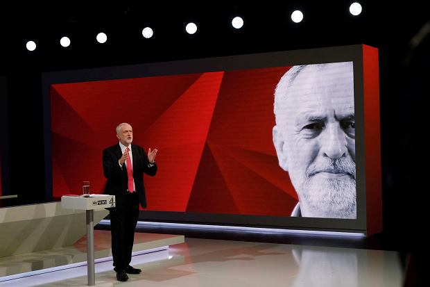 Przywódca laburzystów Jeremy Corbyn podczas występu w Sky News i Channel 4, gdzie 29 maja odpowiadał na pytania wyborców