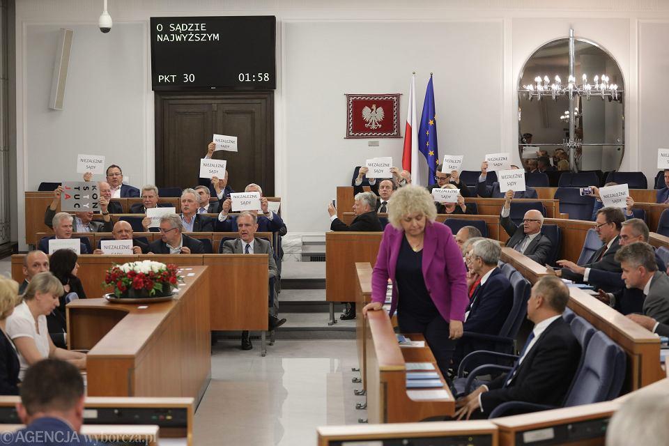 Posiedzenie Senatu w sprawie Ustawy o Sądzie Najwyższym