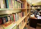Rząd wspiera czytelnictwo. Miliony na promocję, ale nie na szkolne biblioteki