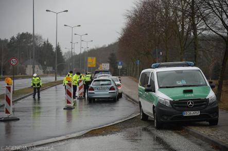 Otwarcie punktu wykonywania testów antygenowych na przejściu granicznym w Lubieszynie