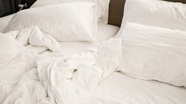 How often should I change sheets and linen?  The microbiologist dispels doubts