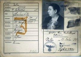 Kennkarte Ernestine Badenski. Zamarzła 14 lutego 1940 r. w pociągu do Lublina