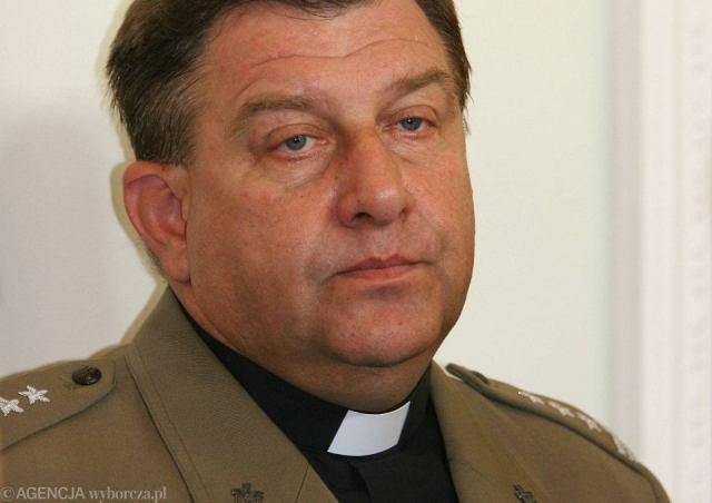 Ks. kapelan Sławomir Żarski, wikariusz generalny biskupa polowego WP -jeszcze jako pułkownik. Warszawa, 21 lipca 2006