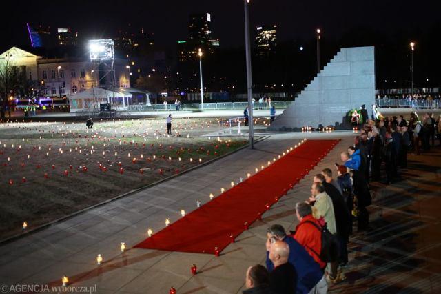 Dziewiąta rocznica katastrofy smoleńskiej - harmonogram uroczystości