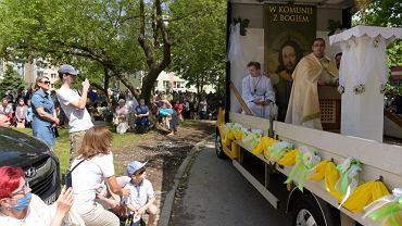 Mobile Corpus Christi procession in Olsztyn
