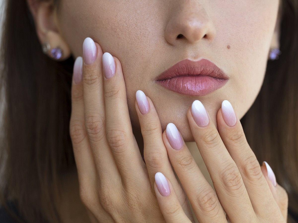 Manicure Hybrydowy Avanti