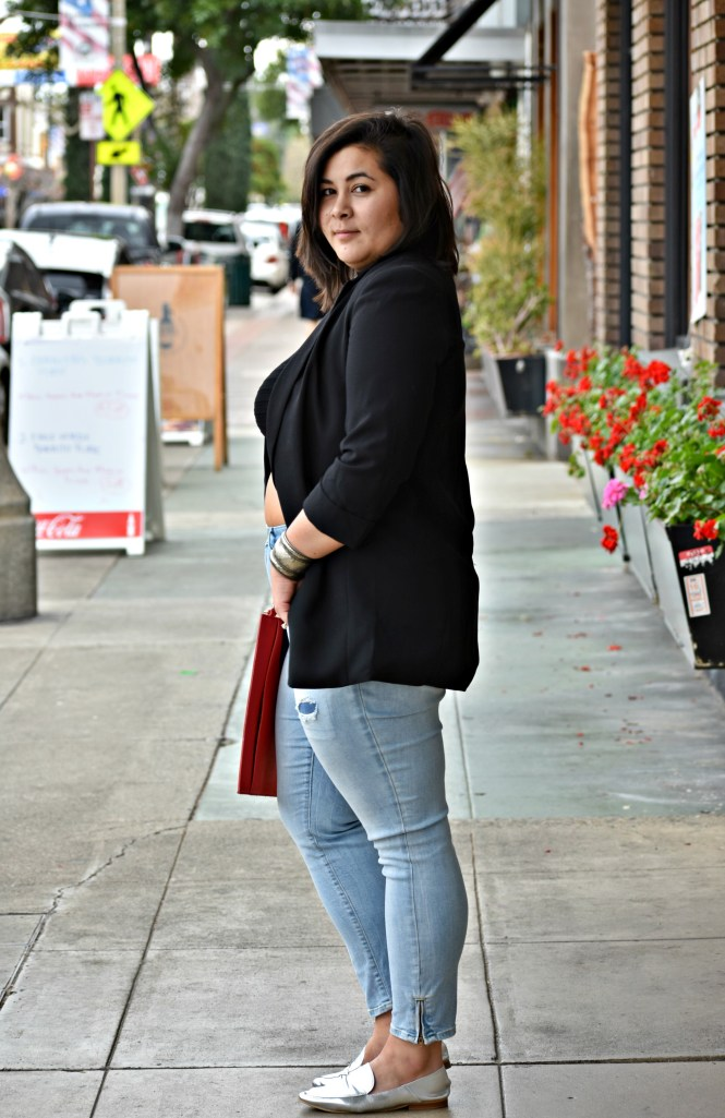 plus size blogger fat belly