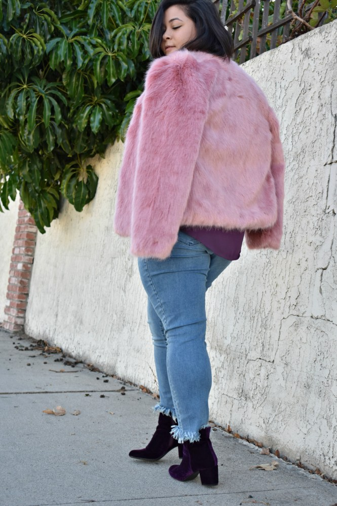 3f55f9cd1ee2d Pink faux fur jacket for the holidays  OOTD - biancakarina