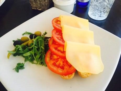 Baguette mit Käse (3,90€)