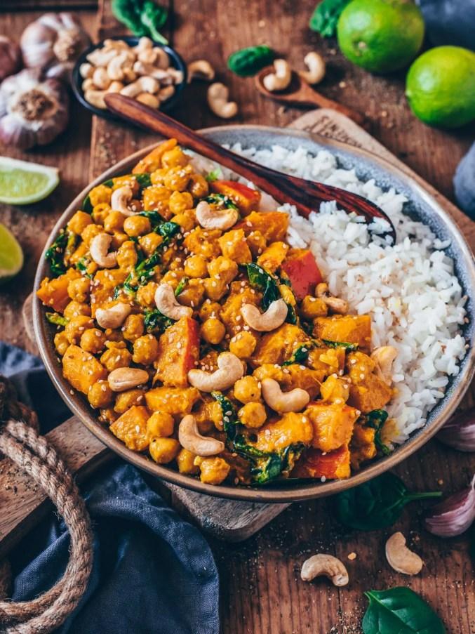 Pumpkin Chickpea Curry (vegan, easy recipe) - Bianca