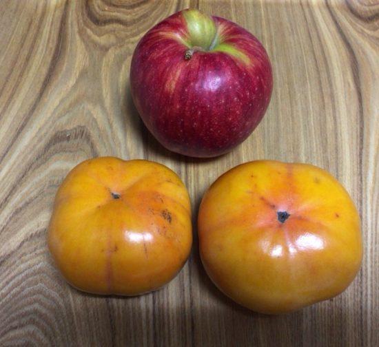 柿 固い 柔らかくする方法 りんごと一緒に画像