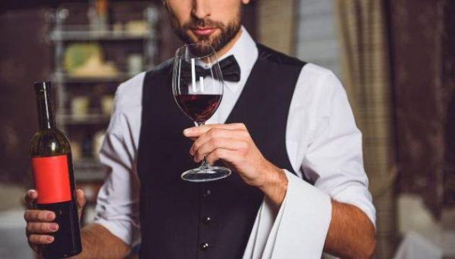 Come ordinare il vino al ristorante - sos cameriere
