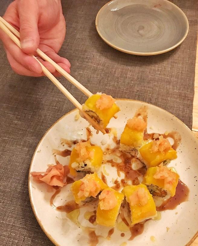 japan-bistro-uramaki-tropical