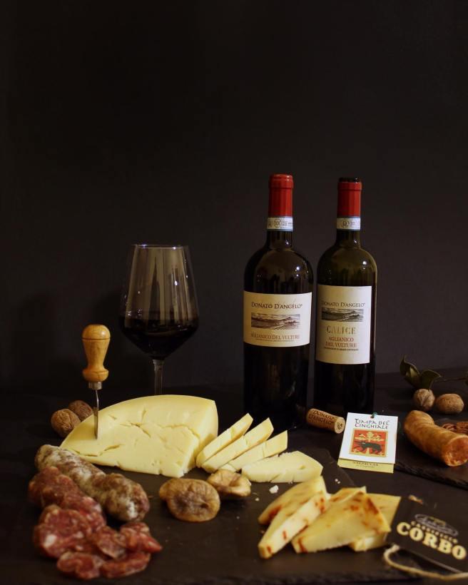 vino-formaggio-salumi