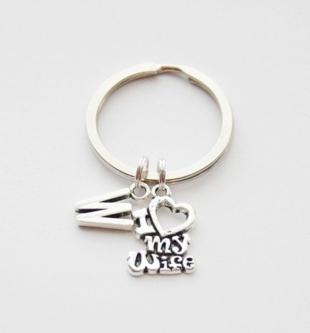 Pretty Small Key Ring to Bound Her