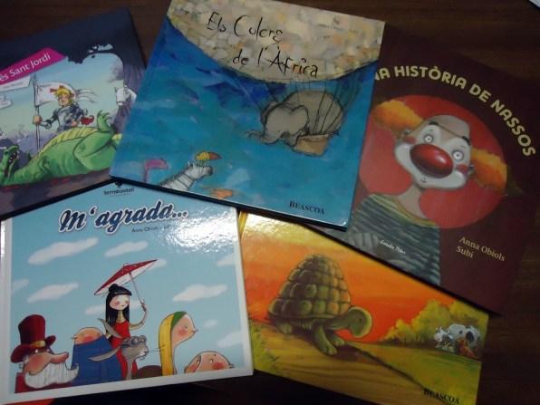 Diversos llibres il·lustrats per en Subi