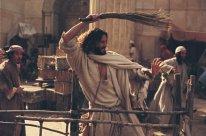 Jesus välter köpmännens bord