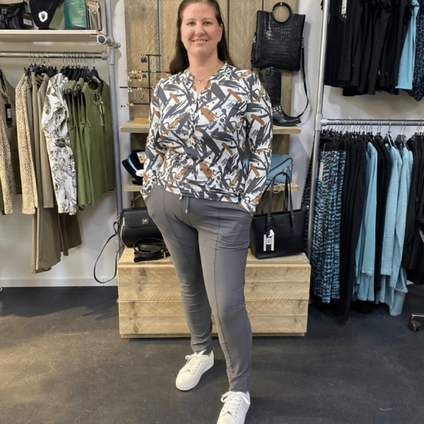 Zoso Travelpant Beau Carbon met top Shirley